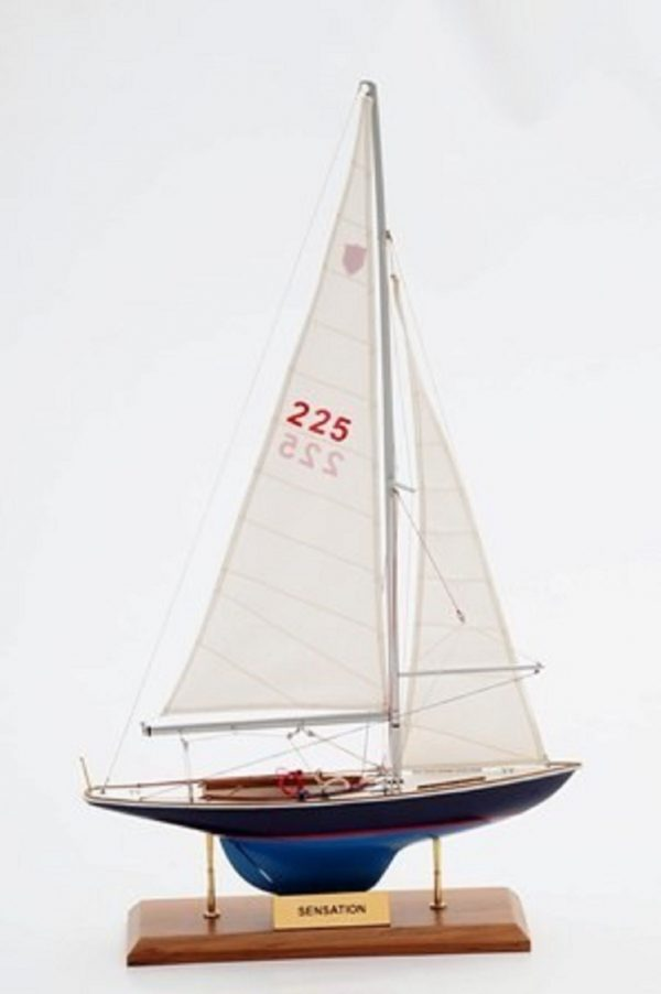1230-7067-Sensation-Model-Yacht
