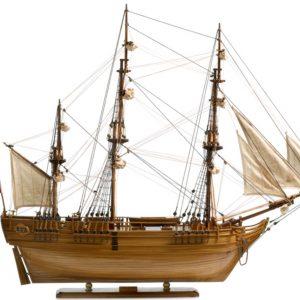 124-8127-HMS-Bounty-Model-Ship-Superior-Range