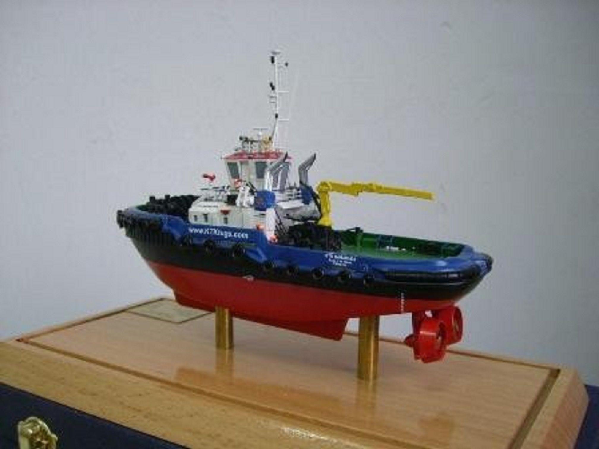 1266-7110-Tugboats