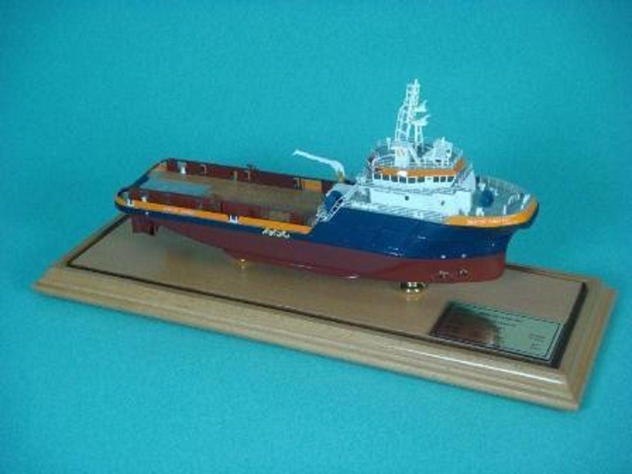 1266-7113-Tugboats
