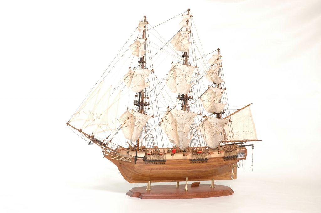 maquette bateau - astrolabe  gamme sup u00e9rieure