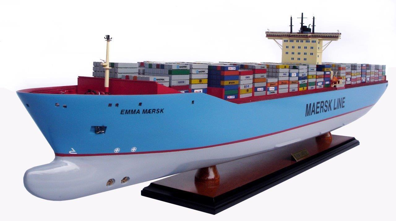 maquette bateau - porte-conteneurs emma maersk  gamme standard
