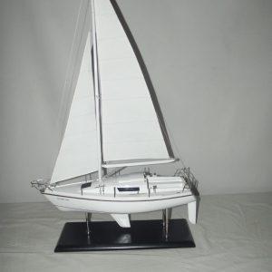 1688-9539-Silver-Fox-Laser-28-Sailing-Boat