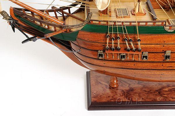 2279-13014-Batavia-Wooden-Model-Boat
