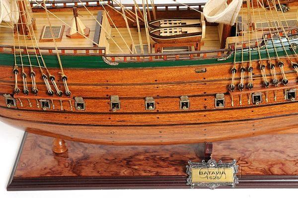 2279-13015-Batavia-Wooden-Model-Boat