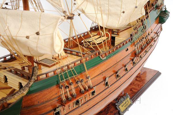2279-13017-Batavia-Wooden-Model-Boat