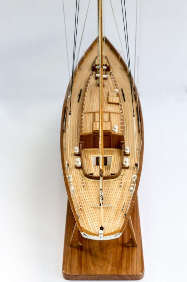 2556-14532-Nagaina-Model-Yacht-Superior-Range