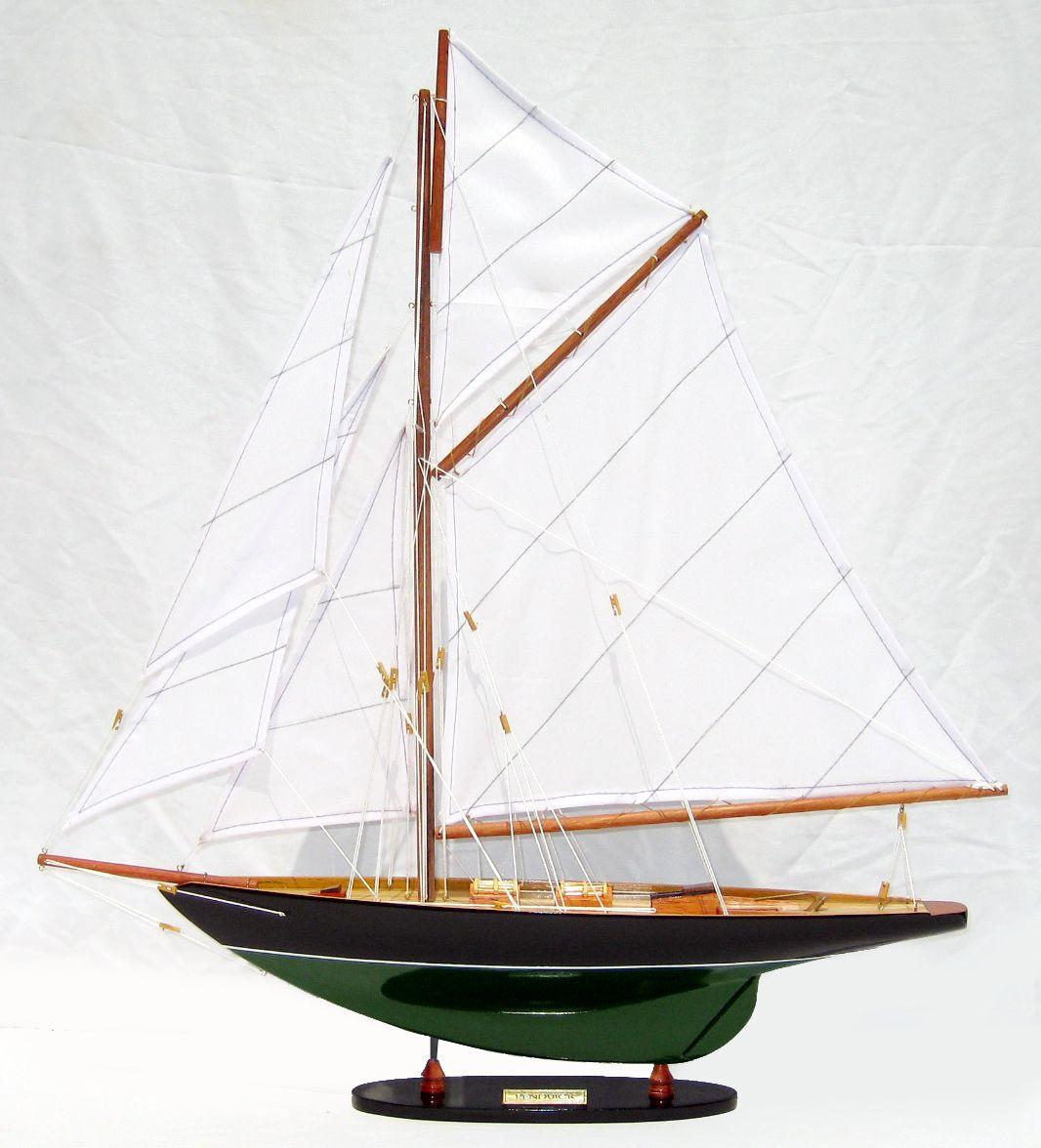 maquette de bateau pen duick