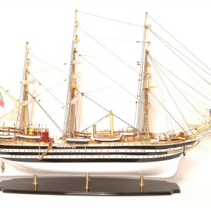 498-4210-Amerigo-Vespucci-Model-Ship-Superior-Range