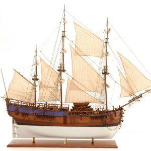 571-7298-HMS-Endeavour-model-ship-Premier-Range