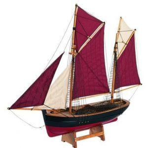 659-Brixham-Trawler-Breton-Sails-Model-Ship-Standard-Range