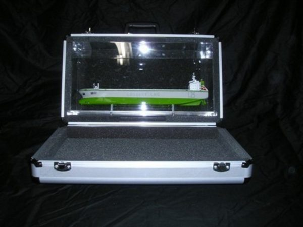 1227-6675-CNG-Open-Hull-model-in-Display-case
