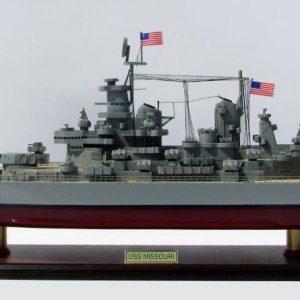 Maquette bateau - Cuirassé USS Missouri (Gamme Standard) - GN (BT0026P)