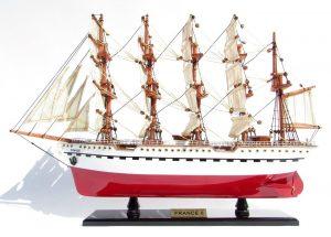 Maquette de bateau en bois France II - GN (TS0093P-80)