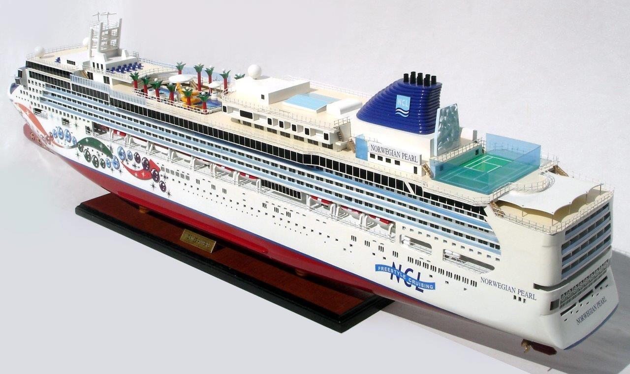 Modèle réduit de navire Norwegian Pearl - GN (CS0075P)