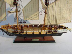 2013-11839-Uss-Niagara-wooden-model-ship
