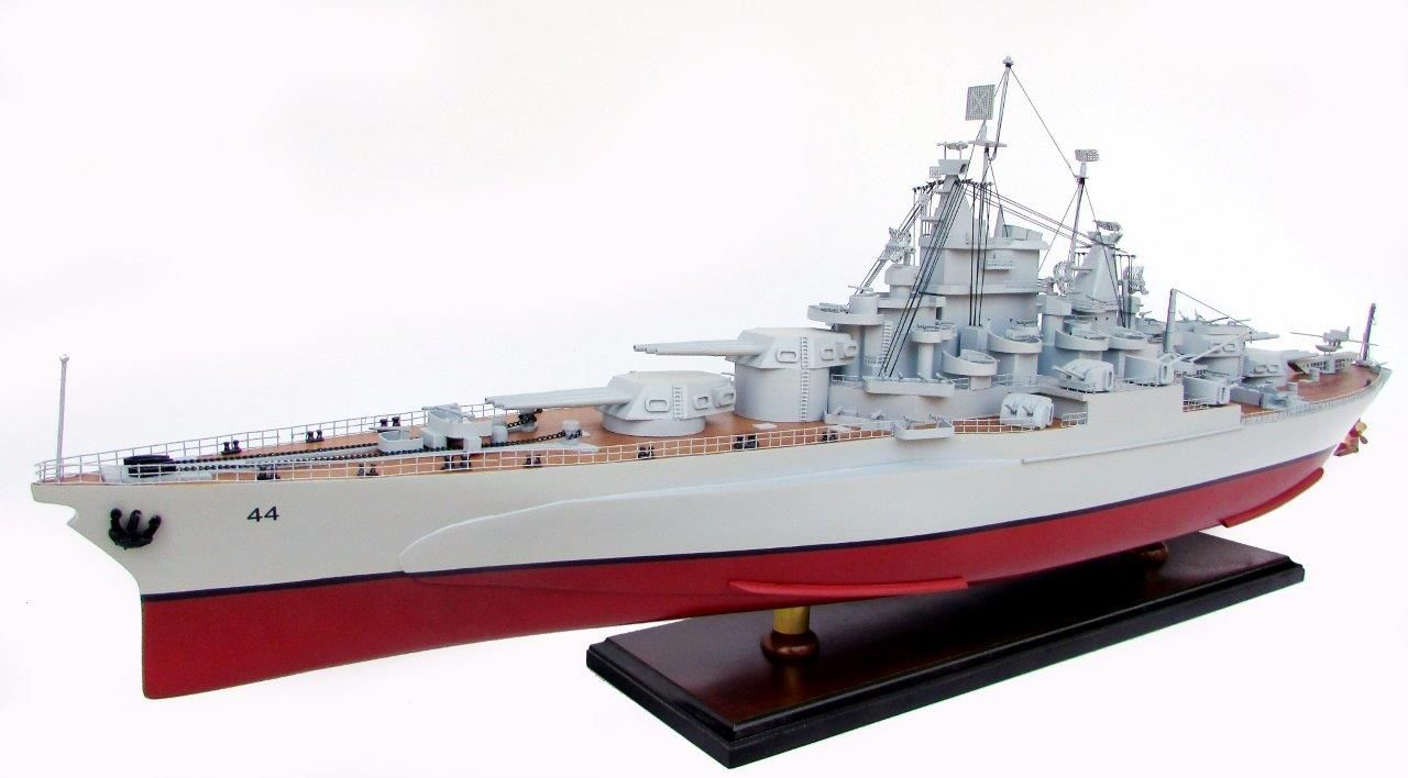 2021-12809-USS-California-ship-model