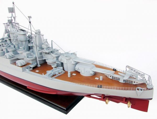 2021-12814-USS-California-ship-model