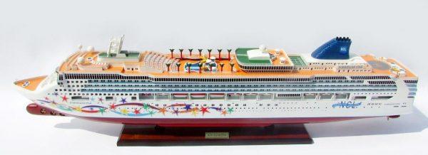 Modèle de navire Star Norvégien - GN (CS0102P)