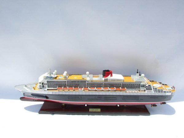 Maquette Queen Mary 2 navire de croisière