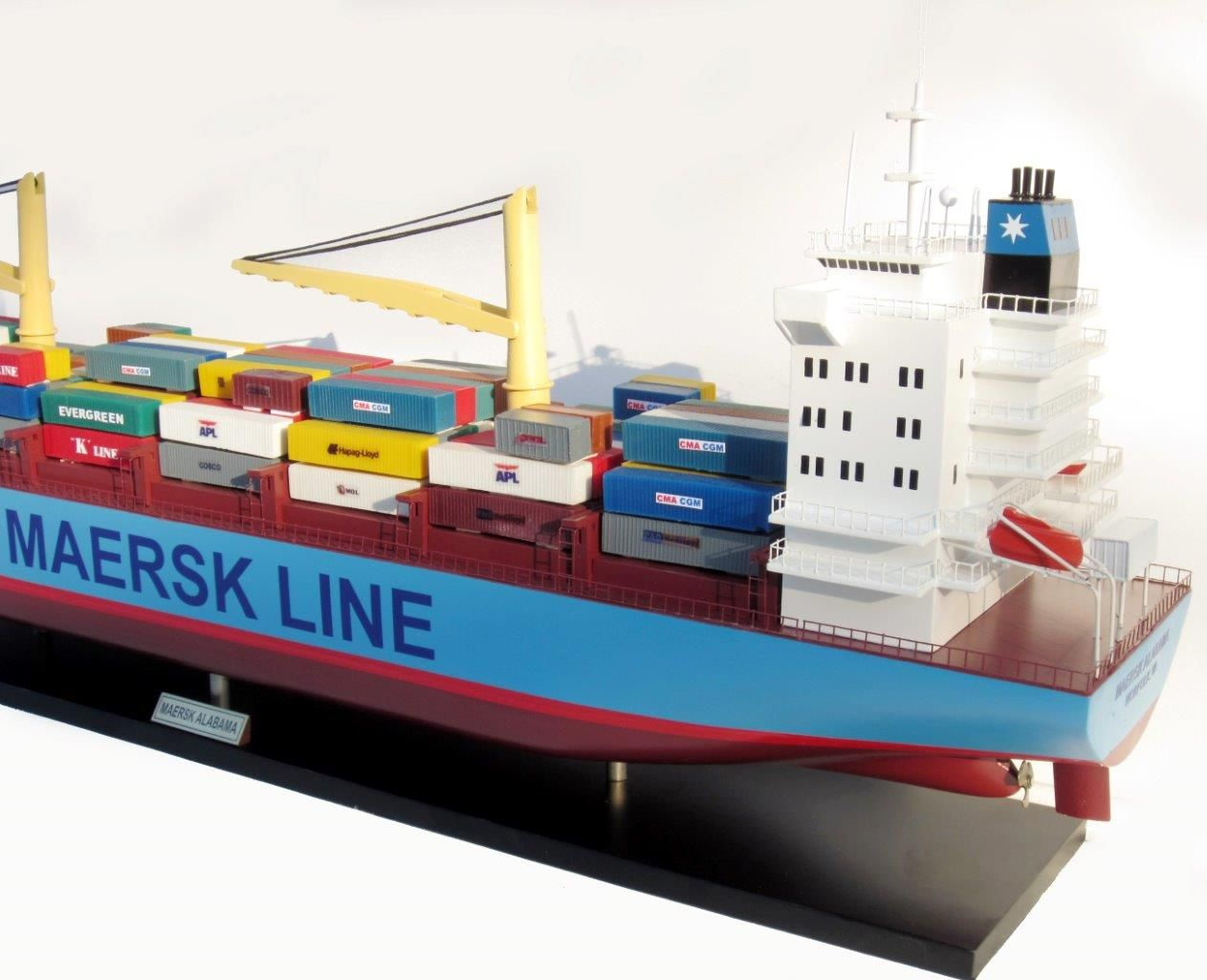 2455-14052-Maersk-Alabama-Container-Model-Ship