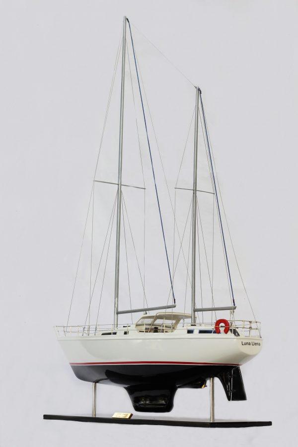 2529-14367-Amel-Model-Ship