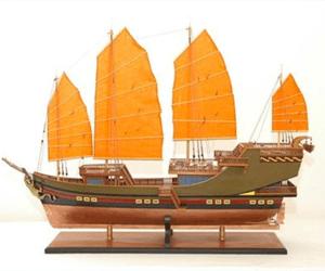 Maquettes de bateaux pirates