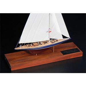 Maquettes de Yachts J Class