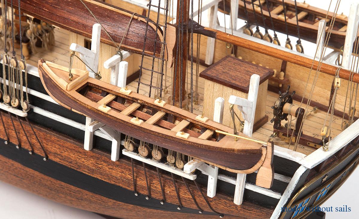 Kit bateau Essex modèle réduit (sans voiles) - Occre (12006B)