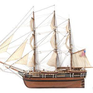 Maquette bateau Essex (avec voiles) - Occre (12006)