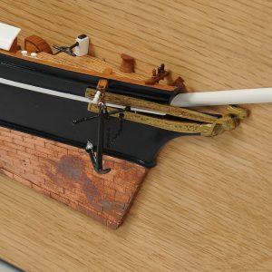 Maquette bateau - Demi-coque Cutty Sark (Gamme Supérieure)