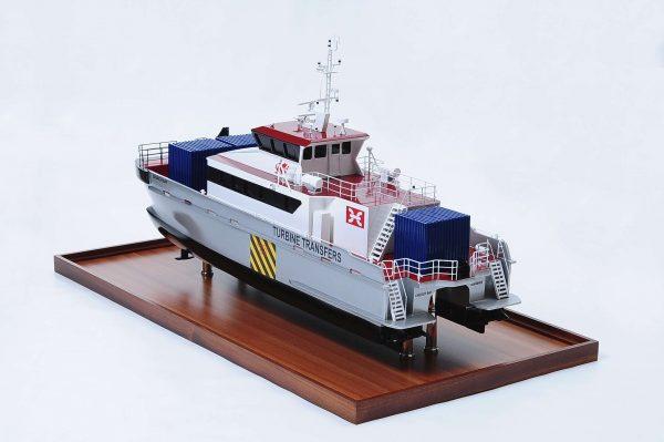 Maquette bateau - Turbine Transfer (navire de support de parc éolien)