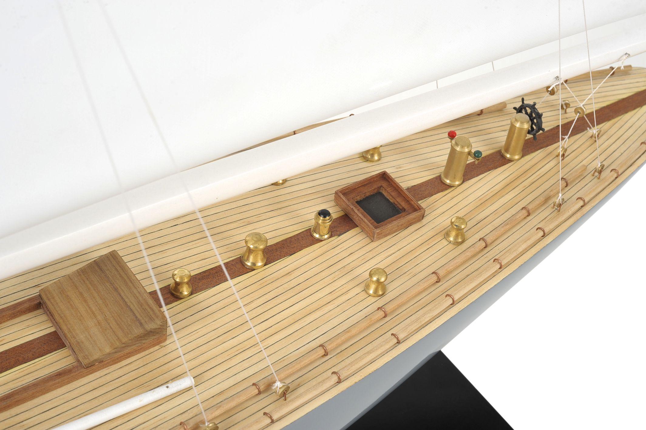 1519-8986-Enterprise-Model-Yacht
