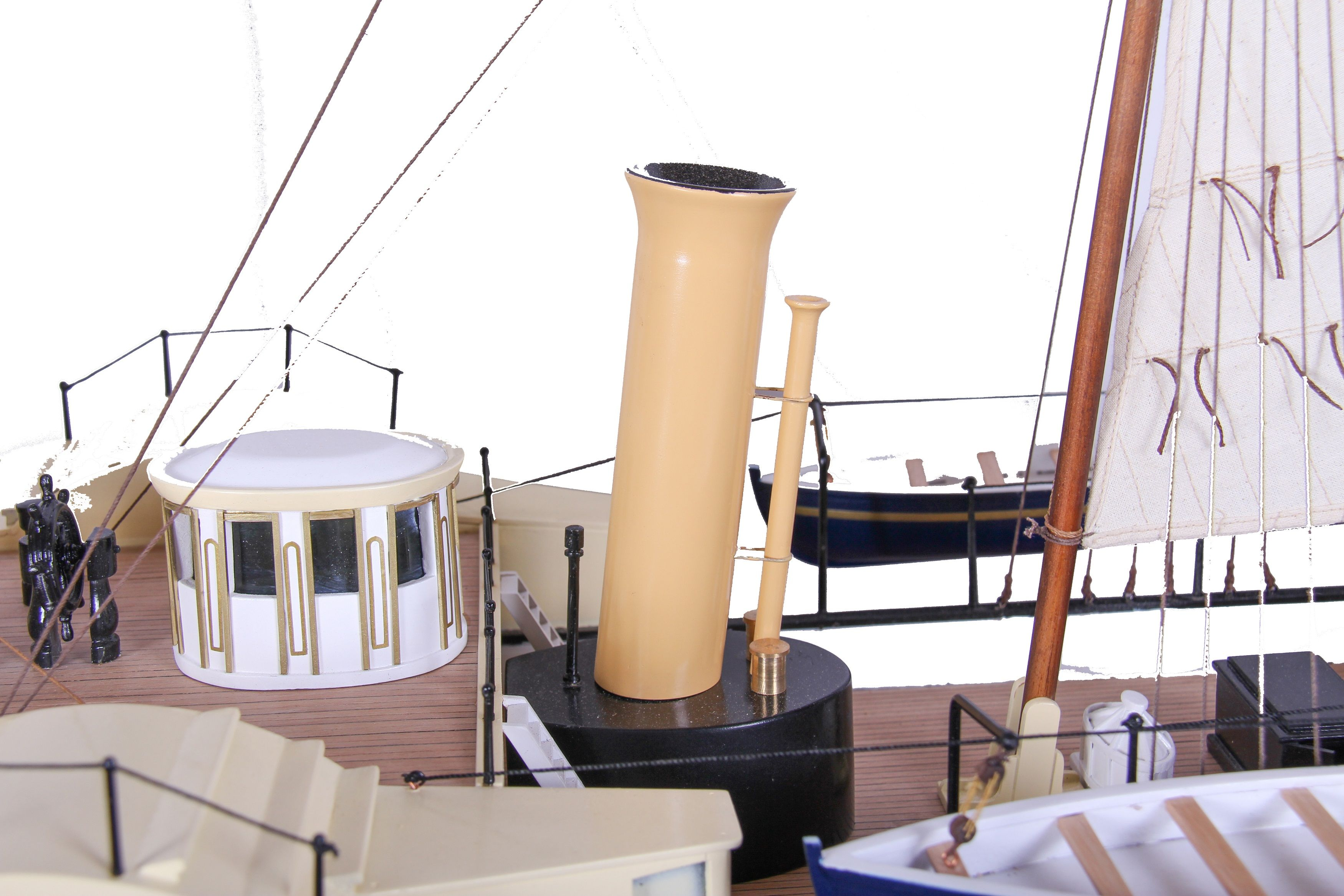 1689-9551-Royal-Yacht-HMS-Alberta