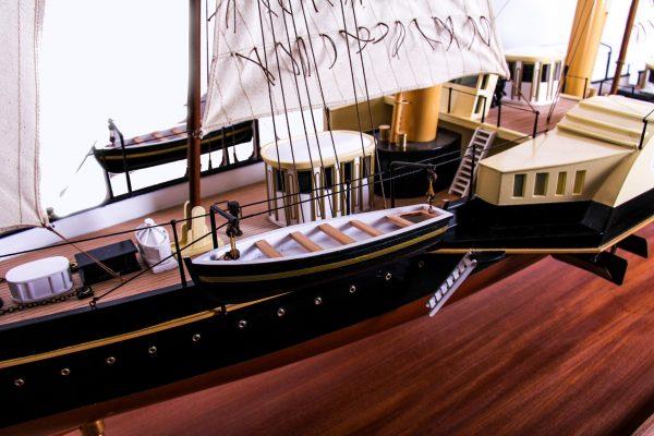 1689-9554-Royal-Yacht-HMS-Alberta