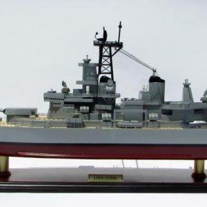 Modèle de navire Uss Iowa - GN (BT0112P)