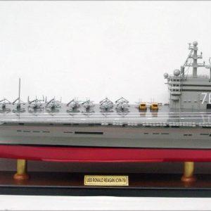 Porte-avions Modèle USS Ronald Reagan CVN-76 - GN (BT0051P)
