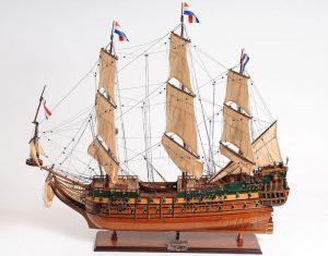 2270-13350-Friesland-Model-Ship