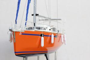 RM 1200 Yacht à voile (gamme supérieure)