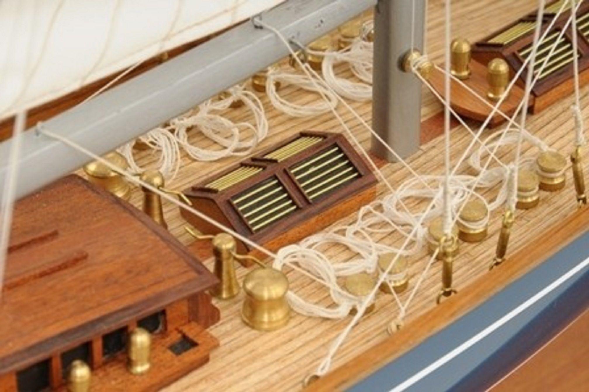768-7712-Velsheda-Model-Yacht-Premier-Range