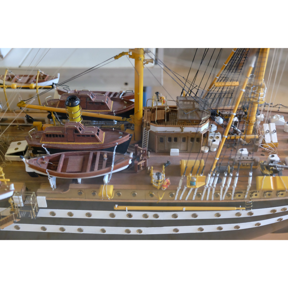 Amerigo Vespucci 1:84 Kit de Bateau à l'échelle - Panart (741)