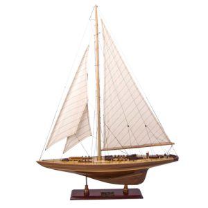 Endeavour Classic Model Ship