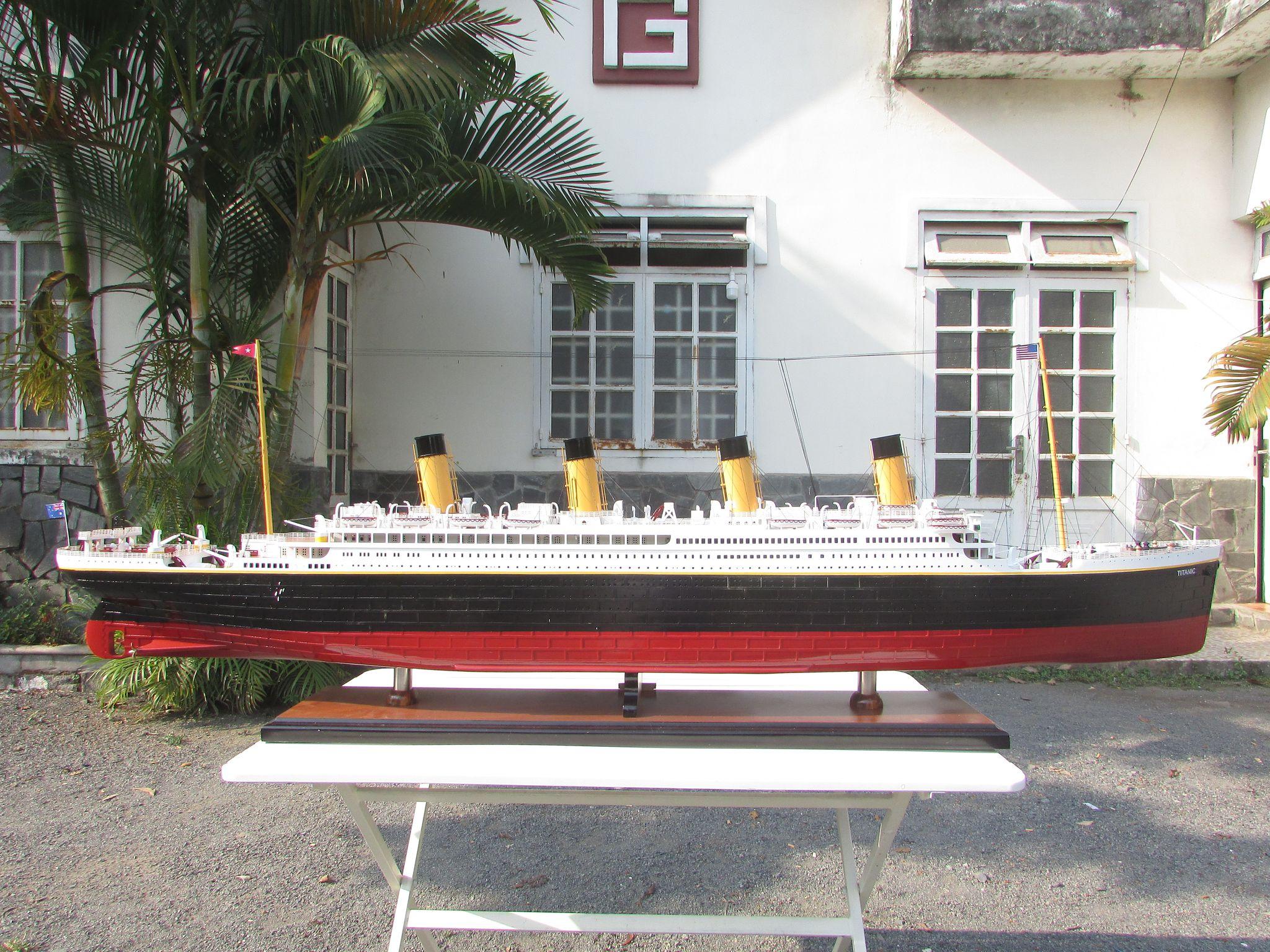 RMS Titanic Painted - GN (CS0003P-60)