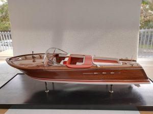 Maquette bateau - Riva Aquarama Spécial (Gamme Première)